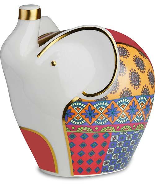 Salvadanaio elefante in porcellana